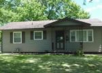 Foreclosed Home in Decatur 62521 99 MADISON DR - Property ID: 4207878