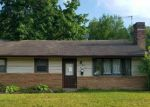 Foreclosed Home in Woodbury 8096 417 CARSON AVE - Property ID: 4208022
