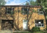 Foreclosed Home in Euclid 44132 28201 TREMAINE DR - Property ID: 4208324