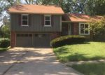 Foreclosed Home in Liberty 64068 1124 BRISTOL WAY - Property ID: 4209350