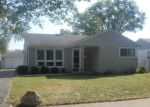 Foreclosed Home in Des Plaines 60018 2331 CEDAR ST - Property ID: 4210161