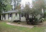 Foreclosed Home in Greenfield 46140 3569 E 600 N - Property ID: 4210199