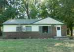 Foreclosed Home in Wichita 67219 1121 E DENVER DR - Property ID: 4210215
