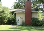 Foreclosed Home in Kansas City 64116 405 NE 45TH ST - Property ID: 4211132