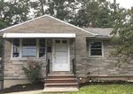 Foreclosed Home in Port Reading 7064 27 2ND AVE - Property ID: 4211536