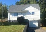 Foreclosed Home in Clifton 7013 4 STANLEY ST - Property ID: 4211568