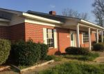 Foreclosed Home in Marshall 75670 3320 W PINECREST DR - Property ID: 4211766