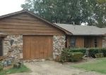 Foreclosed Home in Little Rock 72205 1412 E TWIN LAKES DR - Property ID: 4212186