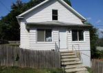 Foreclosed Home in Waterbury 6706 80 SAINT MARGARET AVE - Property ID: 4212217