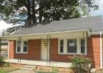 Foreclosed Home in Hopkinsville 42240 1716 E 7TH ST - Property ID: 4212477