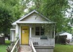 Foreclosed Home in Jeffersonville 47130 317 MARY ST - Property ID: 4212840