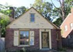 Foreclosed Home in Highland Park 48203 2589 W 8 MILE RD - Property ID: 4213723