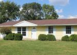Foreclosed Home in Hoopeston 60942 816 W YOUNG AVE - Property ID: 4213816