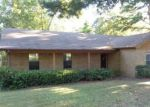 Foreclosed Home in Benton 72015 2107 NORTHSHORE - Property ID: 4213960