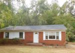 Foreclosed Home in Gastonia 28052 3709 HAMILTON DR - Property ID: 4214049