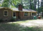 Foreclosed Home in Petersburg 23805 614 HOKE DR - Property ID: 4214457