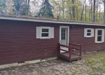 Foreclosed Home in Hawley 18428 76 UPPER PLAYGROUND TRL - Property ID: 4214528