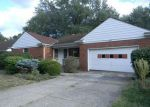Foreclosed Home in Cleveland 44118 3320 MONTICELLO BLVD - Property ID: 4214652