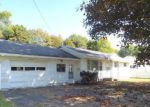 Foreclosed Home in Fulton 13069 611 W 3RD ST S - Property ID: 4214737
