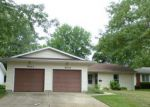 Foreclosed Home in Springfield 62703 4021 PICKFAIR RD - Property ID: 4215147