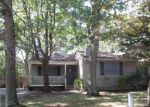 Foreclosed Home in Mastic 11950 186 MADISON ST - Property ID: 4215643