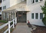 Foreclosed Home in Peoria 61614 2601 W WILLOWLAKE DR APT 2 - Property ID: 4216188