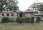 Foreclosed Home in Fort Worth 76119 3040 S GLEN GARDEN DR - Property ID: 4216718