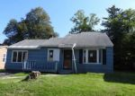Foreclosed Home in Camillus 13031 5 LEROY ST - Property ID: 4216985