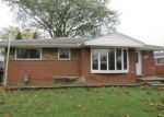 Foreclosed Home in Trenton 48183 2100 GRANGE RD - Property ID: 4217162