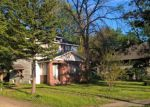 Foreclosed Home in Machesney Park 61115 8115 N 2ND ST - Property ID: 4217186