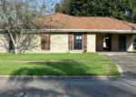 Foreclosed Home in Houma 70363 205 MELODY DR - Property ID: 4217264