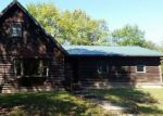Foreclosed Home in Murphysboro 62966 1533 TOWN CREEK RD - Property ID: 4217351