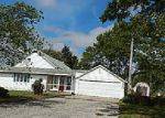 Foreclosed Home in Hoopeston 60942 2302 E 100 NORTH RD - Property ID: 4217378