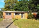 Foreclosed Home in Milton 32570 6027 JUDY DR - Property ID: 4217636