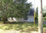 Foreclosed Home in Demopolis 36732 1902 HACKBERRY LN - Property ID: 4217815