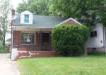 Foreclosed Home in Youngstown 44507 136 E AUBURNDALE AVE - Property ID: 4217966