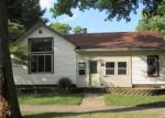 Foreclosed Home in Kankakee 60901 281 W WALNUT ST - Property ID: 4218199