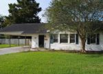 Foreclosed Home in Berwick 70342 4257 PHARR ST - Property ID: 4218302