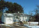 Foreclosed Home in Ronkonkoma 11779 45 UNIVERSITY DR - Property ID: 4218308