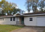 Foreclosed Home in Cassville 65625 205 W 15TH ST - Property ID: 4218455