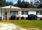 Foreclosed Home in Raeford 28376 7882 TURNPIKE RD - Property ID: 4218501