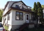 Foreclosed Home in Green Bay 54303 891 HOWARD ST - Property ID: 4218935