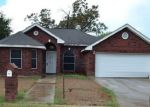 Foreclosed Home in Mission 78572 2015 LAMBETH WAY - Property ID: 4219034