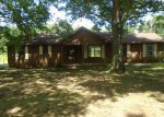 Foreclosed Home in Trezevant 38258 720 HIGHWAY 190 - Property ID: 4219055