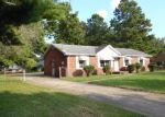 Foreclosed Home in Clarksville 37042 415 ALABAMA AVE - Property ID: 4219067