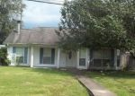 Foreclosed Home in Pearl River 70452 208 2ND ST - Property ID: 4219459