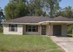 Foreclosed Home in Breaux Bridge 70517 1101 POYDRAS PL - Property ID: 4219461