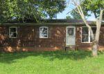 Foreclosed Home in Vine Grove 40175 105 HEMLOCK ST - Property ID: 4219493