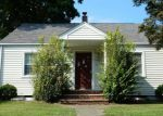Foreclosed Home in Pompton Lakes 7442 111 BROAD ST - Property ID: 4219836
