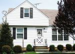 Foreclosed Home in Wickliffe 44092 2249 E 290TH ST - Property ID: 4220055